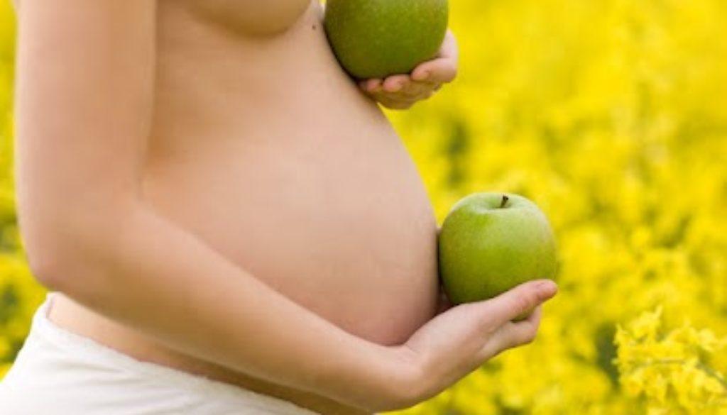 ¿ Que alimentos consumir para mejorar la fertilidad femenina ?
