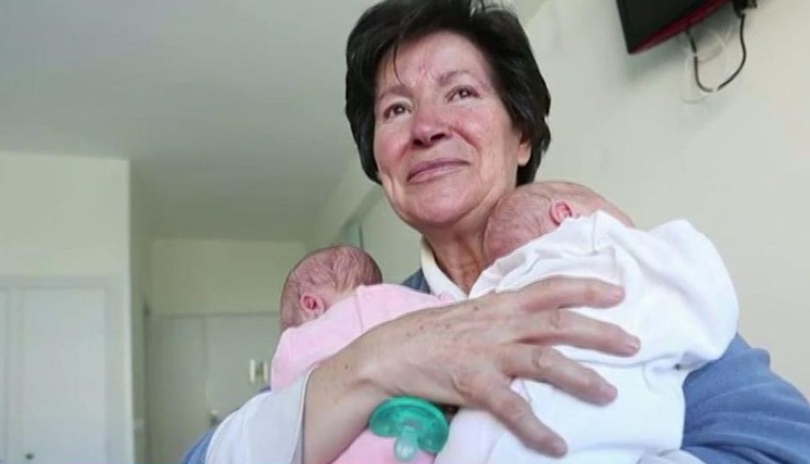 La madre burgalesa que tuvo mellizos a los 64 años no se rinde pese a que solo podrá verlos cada 15 días