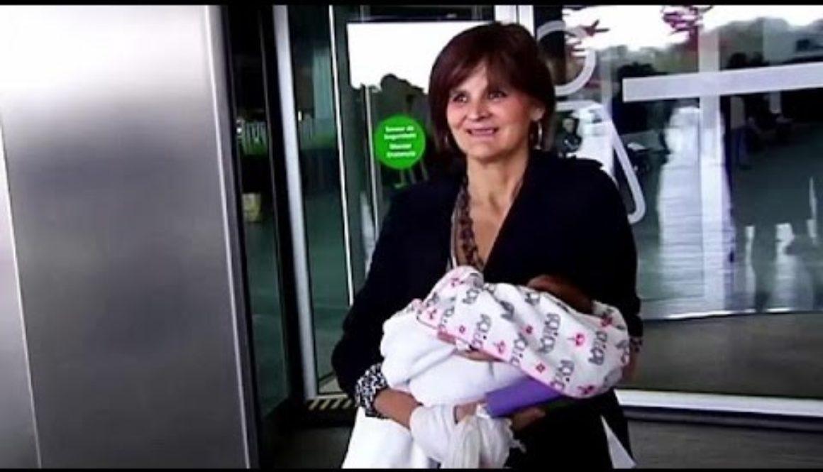 Lina Álvarez la doctora que dio a luz a los 62 años